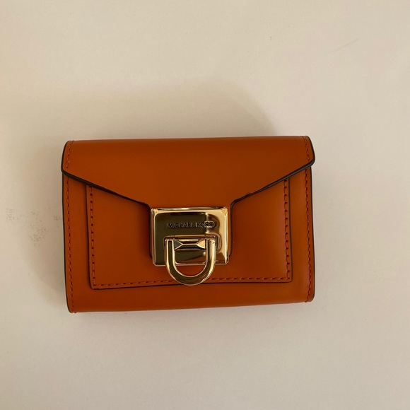 NWT Michael Kors Small Flap Leather Wallet